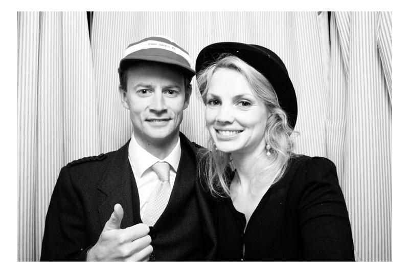 Sarah&Tom_ThrumptonHall-92